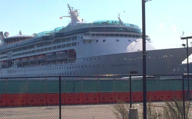 10 Cruise Ships in 2 Weeks