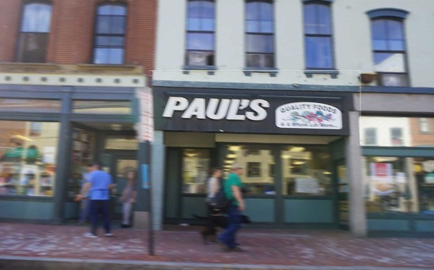 Newsy Musings: The Closing of Paul's