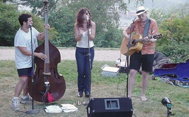 Sunset Folk Concerts Need Volunteers