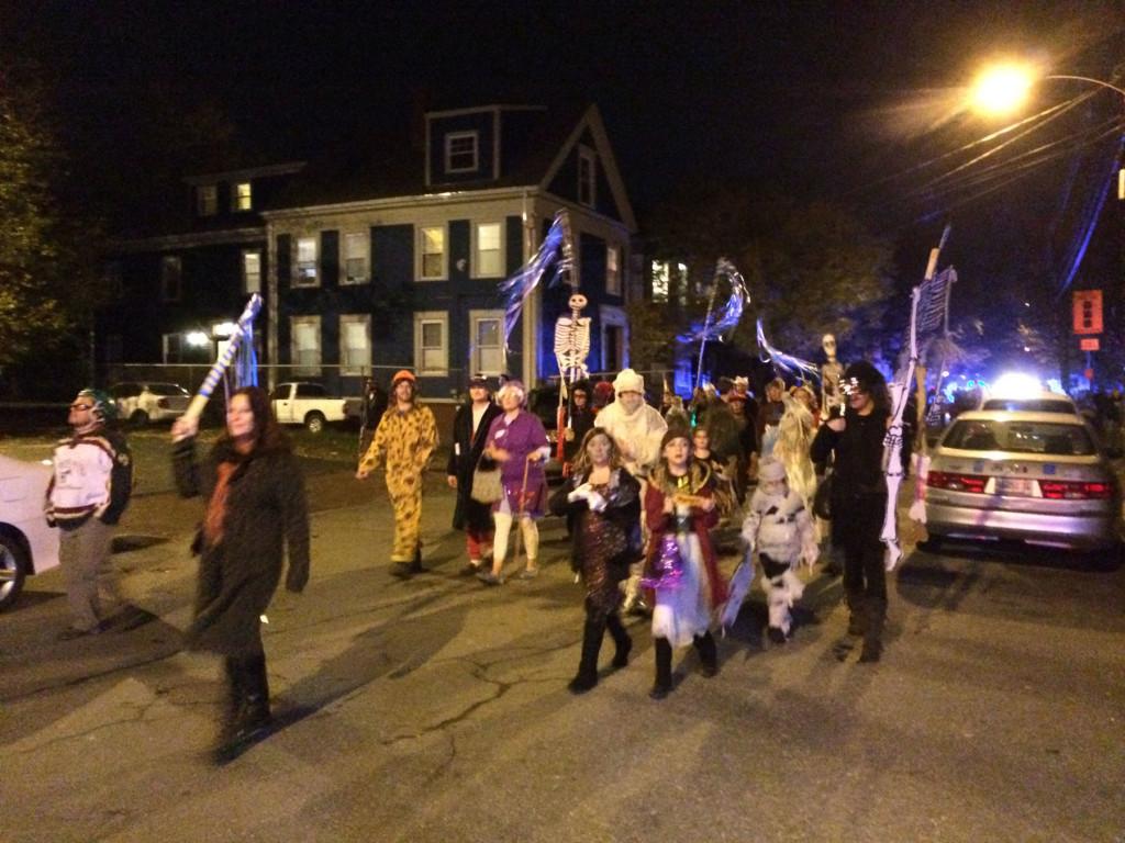 Halloween-Parade-2014_2