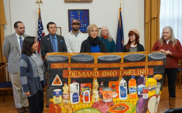 DARK Act Threatens Maine Statute on GMO Foods