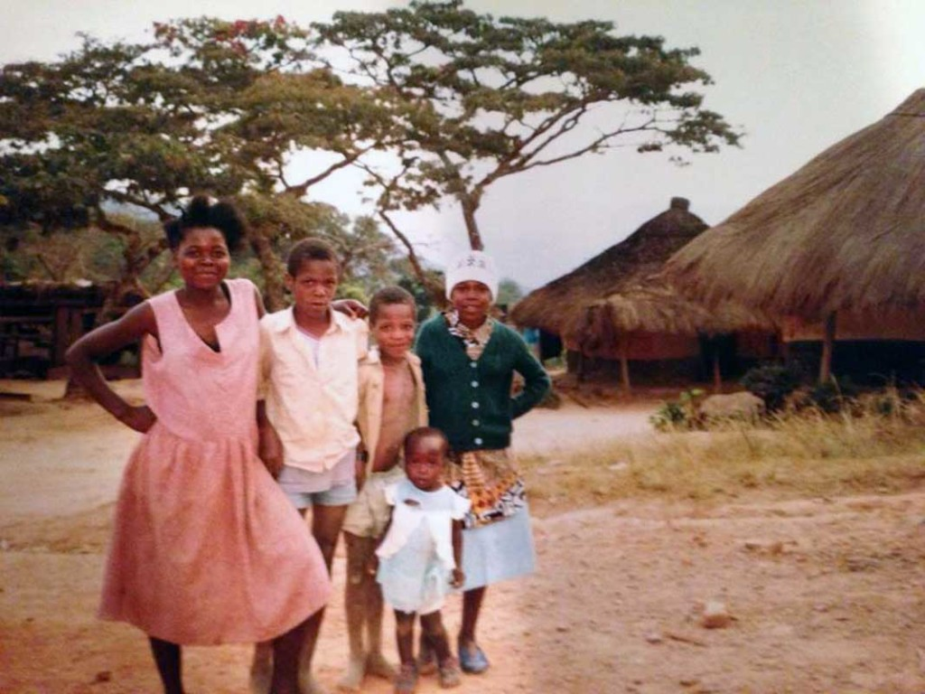 Christopher Mapise (2nd from left) and his family from the village of Chimanimani, Eastern Zimbabwe