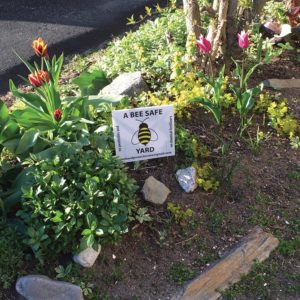 West End News: Portland Pesticide Ordinance: Bee safe yard sign