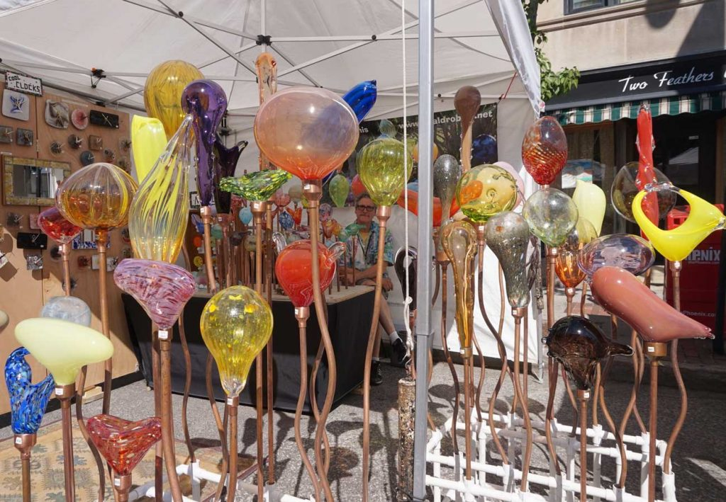 West End News - Craft Show 2016 - Neal Drobnis glass art