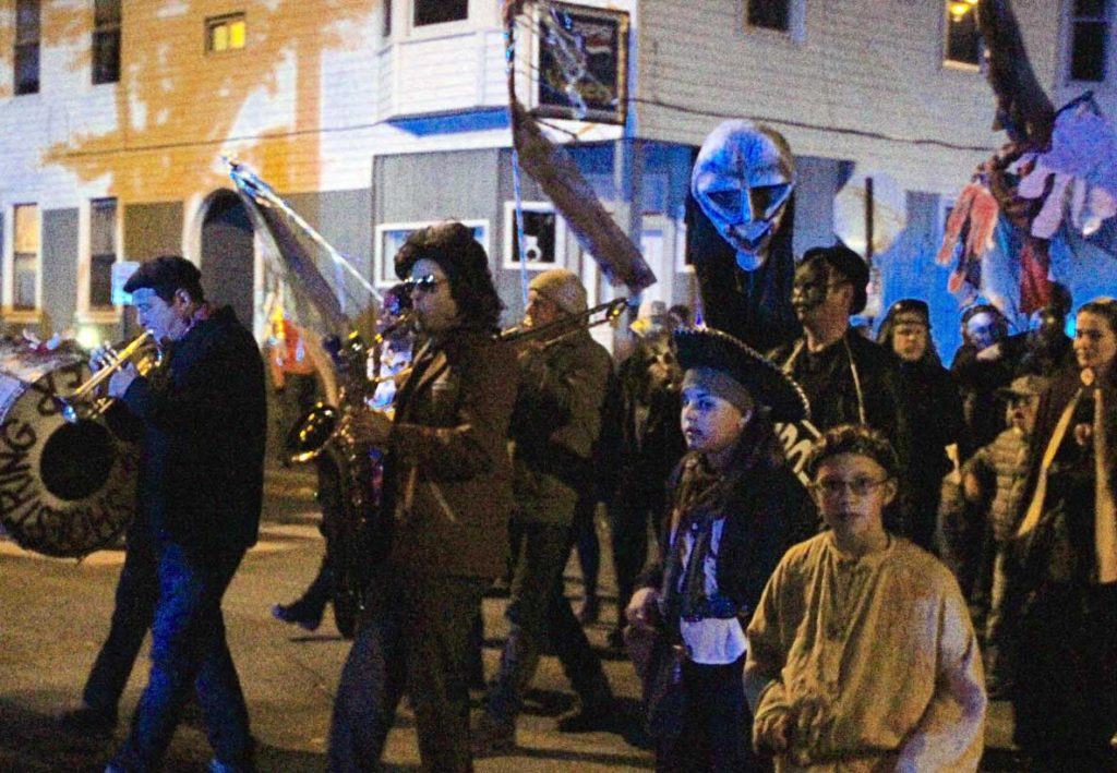 West End News - West End Halloween Parade 2015