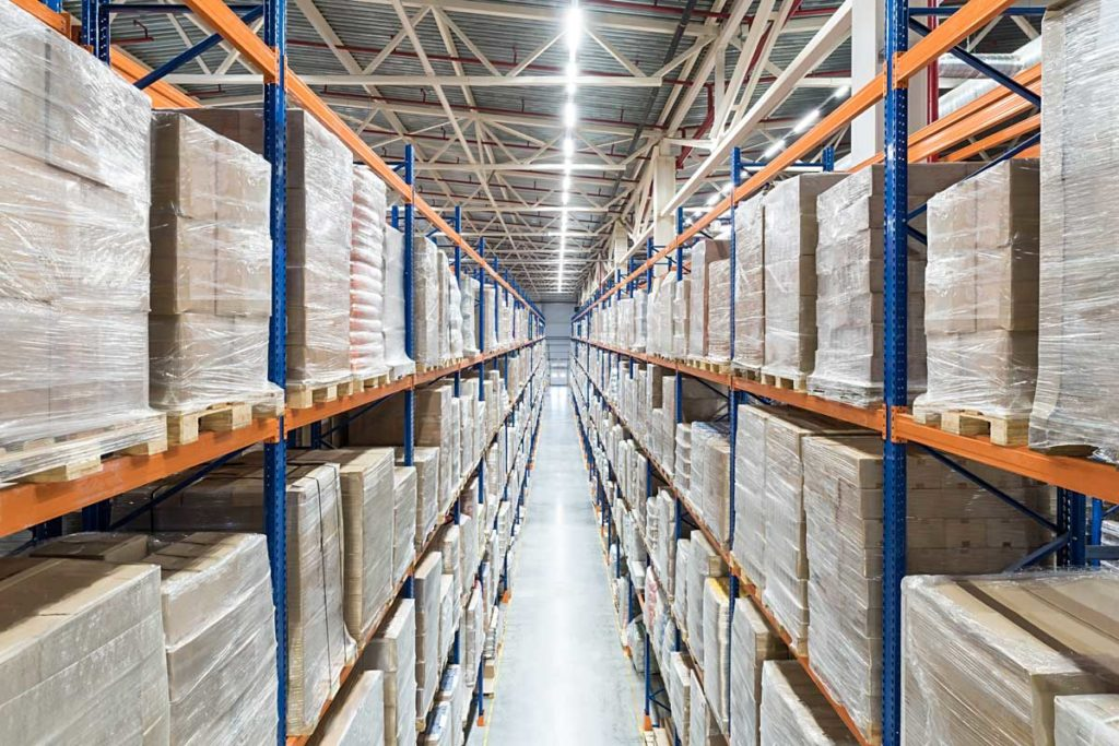 West End News - Americold Neighborhood Meeting - Stock photo of warehouse pallet shelving