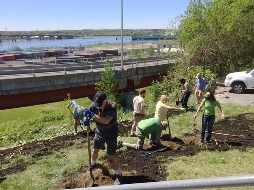 West End News - Bright Idea - Resilience - Harbor View Park planting day May 2017