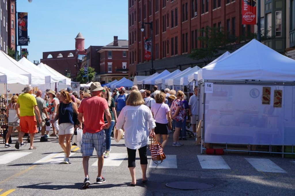 West End News - Portland Fine Craft Show - Crowds on street 2016 craft show