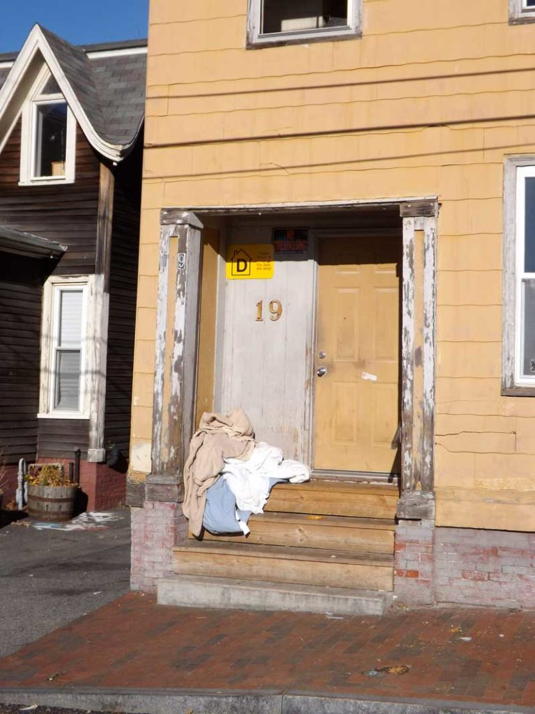 West End News - Trim Snatchers - Doorway with missing cornice