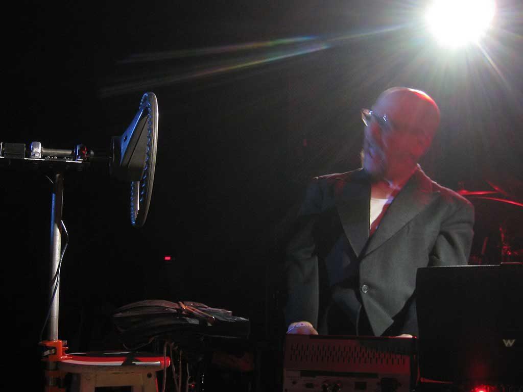 West End News - Radio Wonderland - live in concert