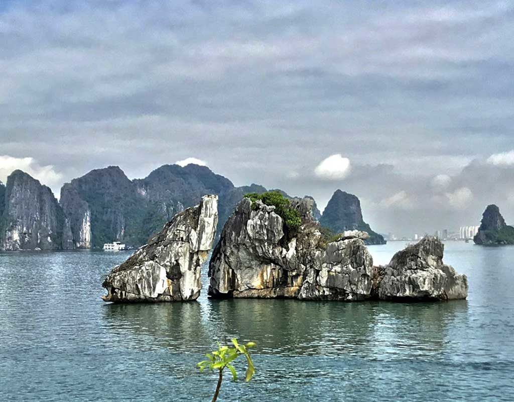 West End News - Halong Bay