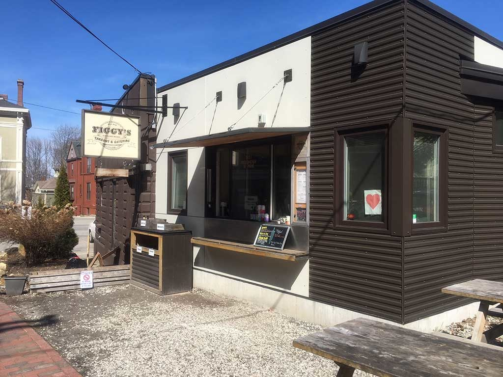 West End News - Figgy's - exterior