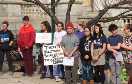 Young Climate Activists Urge Citizens to be 'Climate Voters'