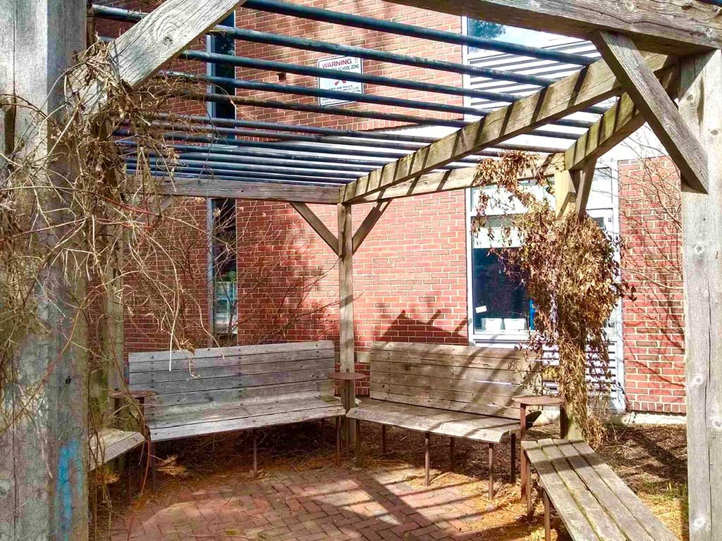 West End News - Dining Out in Portland, Maine - Gazebo at Reiche