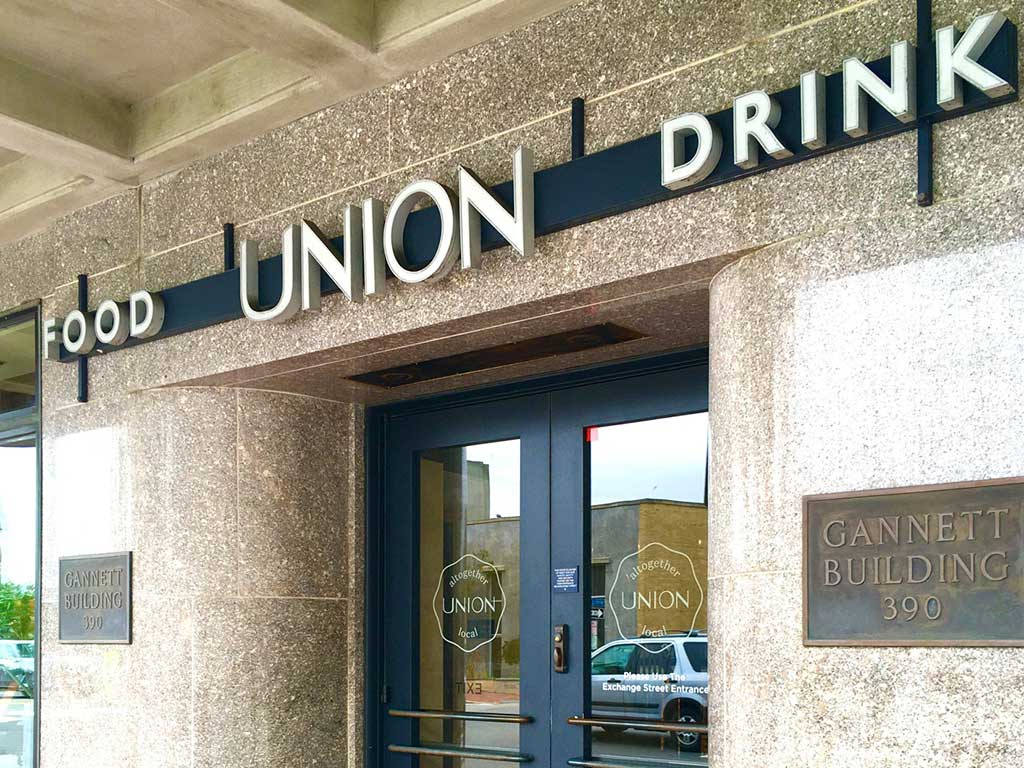 West End News - Dining out on Thanksgiving - Union exterior hotel restaurant