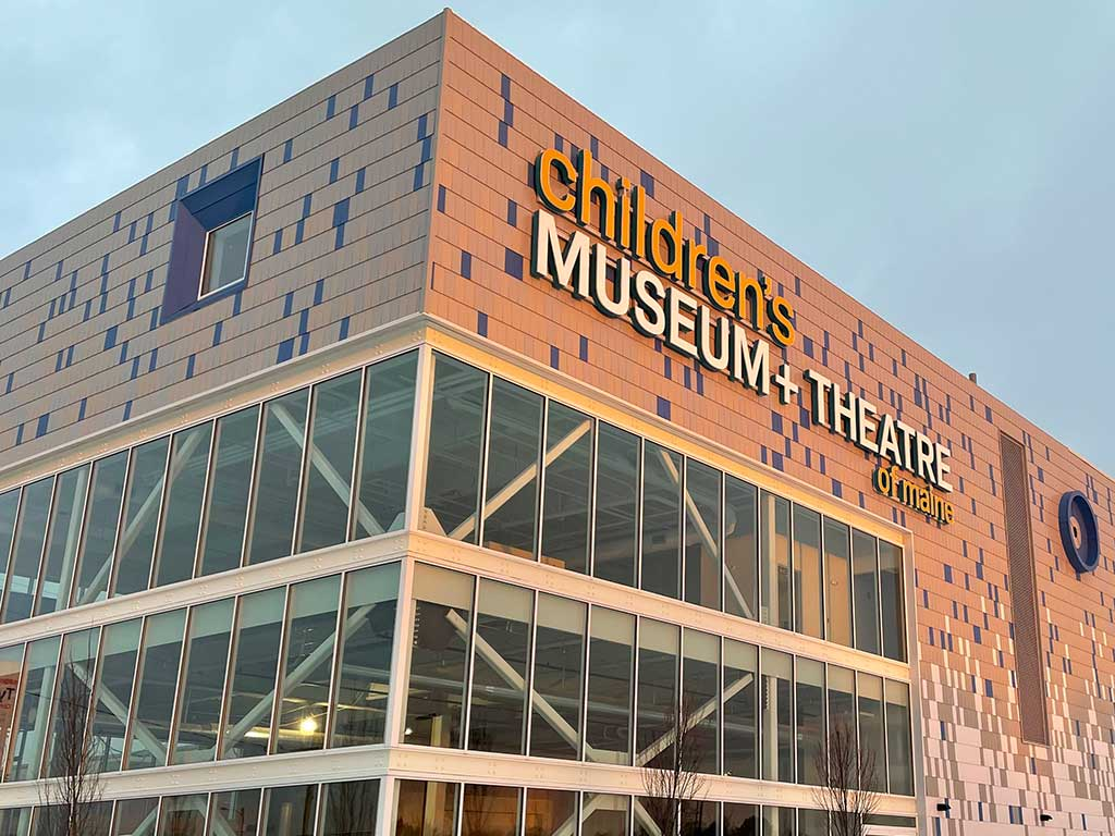 West End News - Children's Museum shining shingles at new  location at Thompson's Point