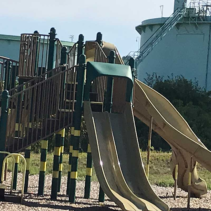 West End News - Playground near oil tank farm causes concerns about toxic fumes