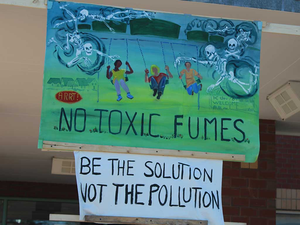 West End News - ARRT! Banner - 'No Toxic Fumes' - Yes to clear skies